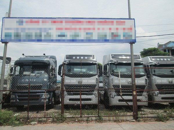 """Khám phá """"thiên đường"""" xe ô tô cũ tại Hà Nội - 5"""