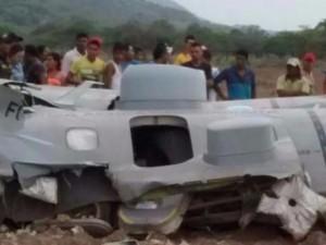 Colombia: Rơi máy bay quân sự, 11 người thiệt mạng