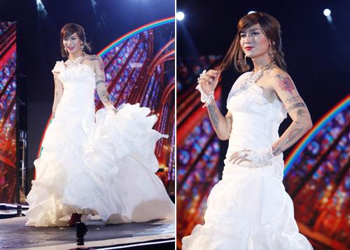 Nam giới tự tin giả gái diễn váy cưới tại Hà Nội - 2