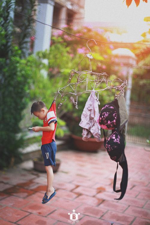"""Bộ ảnh """"Đứa trẻ công nghệ"""" thức tỉnh cộng đồng mạng - 1"""