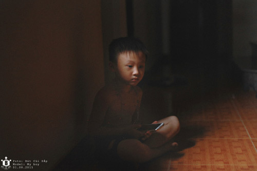 """Bộ ảnh """"Đứa trẻ công nghệ"""" thức tỉnh cộng đồng mạng - 5"""