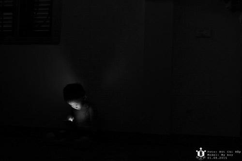 """Bộ ảnh """"Đứa trẻ công nghệ"""" thức tỉnh cộng đồng mạng - 8"""