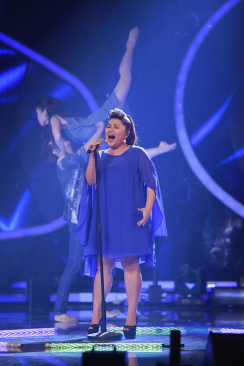 """Tiết mục như """"ma nhập"""" của 2 thí sinh Vietnam Idol - 1"""