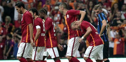 Galatasaray - Inter: Cái tát đau điếng - 1