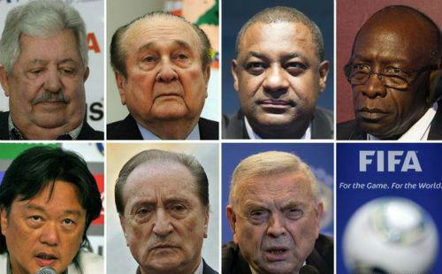 CR7 nổi cáu, văng tục khi được hỏi về scandal FIFA - 2