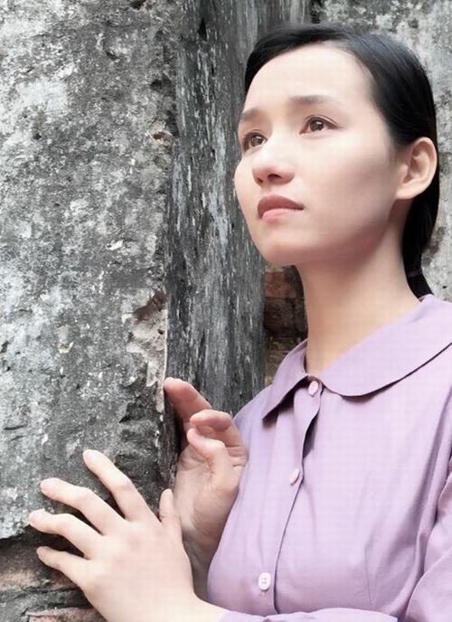Lã Thanh Huyền dầm mưa lạnh 5-7 độ C vì phim chiến tranh - 10