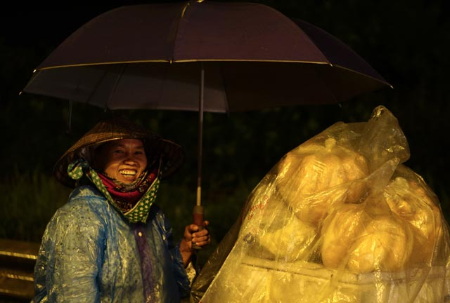 Hà Nội: Nao lòng những đêm mưa tháng 8 - 13