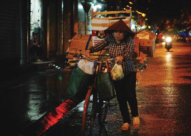 Hà Nội: Nao lòng những đêm mưa tháng 8 - 6