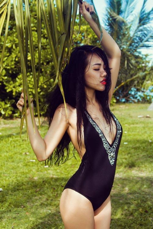 Hotgirl Joxy Thùy Linh gợi ý chọn bikini du lịch biển - 2