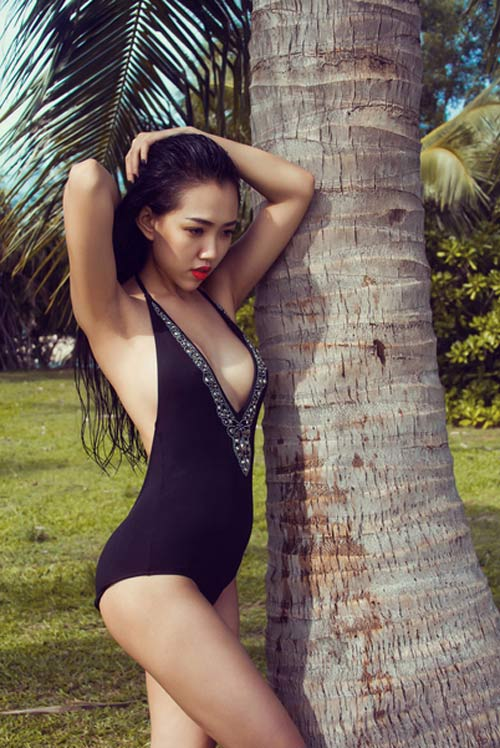 Hotgirl Joxy Thùy Linh gợi ý chọn bikini du lịch biển - 3