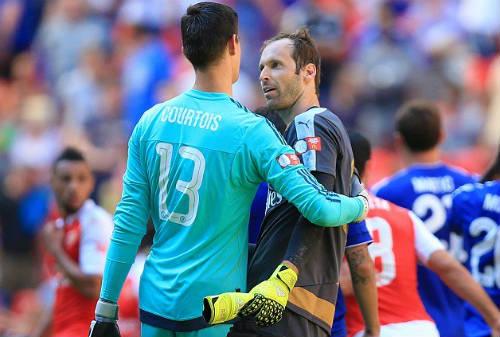 Hậu Arsenal - Chelsea: Niềm vui & nỗi đau Petr Cech - 3