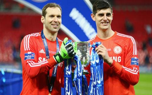 Hậu Arsenal - Chelsea: Niềm vui & nỗi đau Petr Cech - 1