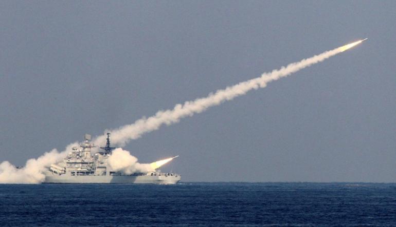Không quân TQ muốn tăng khả năng tấn công trên biển - 1