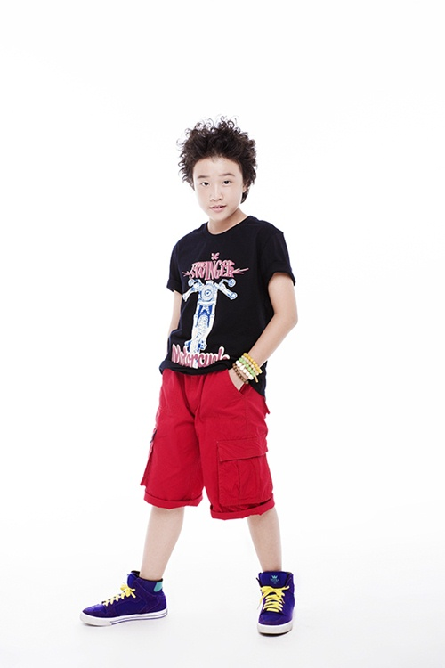 Con trai Trương Quỳnh Anh tạo dáng chuyên nghiệp - 6