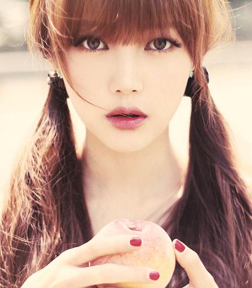 Hot girl Hàn Quốc nổi tiếng nhờ vẻ đẹp thiên thần - 3