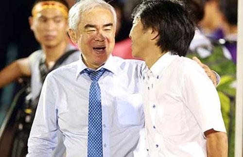 Đội tuyển Việt Nam và V-League là của ai? - 1