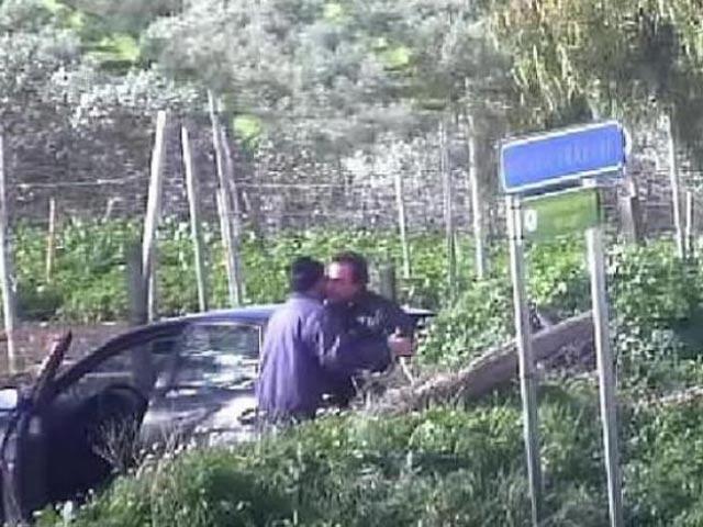 """Ý: Bắt nhóm mafia chuyên sử dụng """"mật mã cừu"""" - 2"""