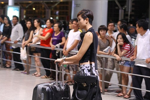 Phương Mai làm MC cho lễ hội trống lớn nhất thế giới - 4