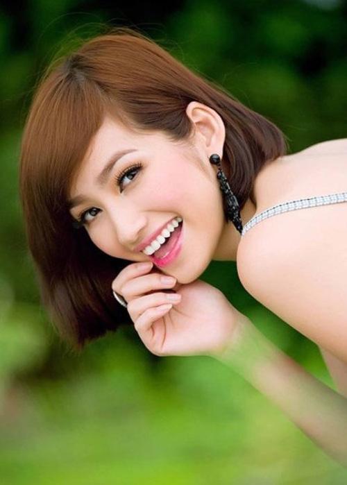 Nụ cười đốn gục triệu người của mỹ nhân Việt - 3