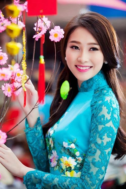 Nụ cười đốn gục triệu người của mỹ nhân Việt - 12