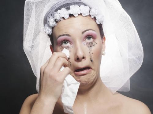 """Vợ bị chồng mới cưới kiện ra tòa vì """"mặt mộc"""" quá xấu - 1"""