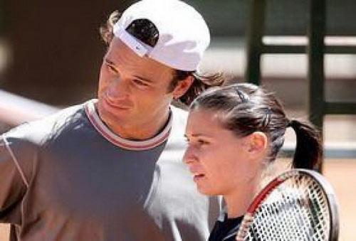 Những mối tình đẹp làng quần vợt không có… đoạn kết - 2