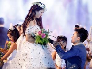 Đám cưới xúc động của cặp đồng tính nữ ở Hà Nội