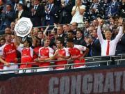 Premier League còn 3 ngày: Wenger vẫn được fan Arsenal tin yêu