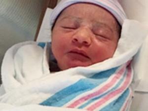 Ca sinh đầu tiên tại TT Thương mại TG sau thảm kịch 11.9