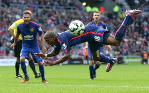 Những mới lạ ở Premier League mùa giải 2015-2016 - 5