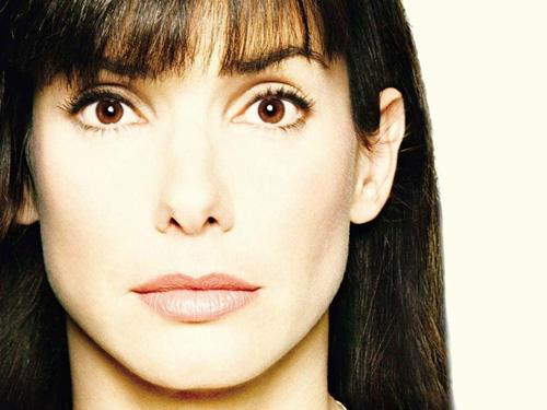 Những mỹ nhân nổi tiếng thế giới có khuôn mặt vuông - 7