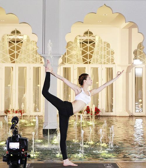 Hồ Ngọc Hà điêu luyện tập yoga khoe dáng đẹp mỹ miều - 6