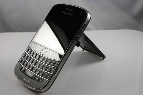 Blackberry 9930 giá 1,95 triệu đồng hút người dùng - 5