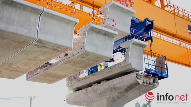 Cận cảnh lắp các đốt dầm 500 tấn cho tuyến metro Bến Thành - Suối Tiên - 2