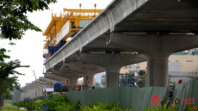 Cận cảnh lắp các đốt dầm 500 tấn cho tuyến metro Bến Thành - Suối Tiên - 12