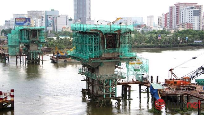 Cận cảnh lắp các đốt dầm 500 tấn cho tuyến metro Bến Thành - Suối Tiên - 19