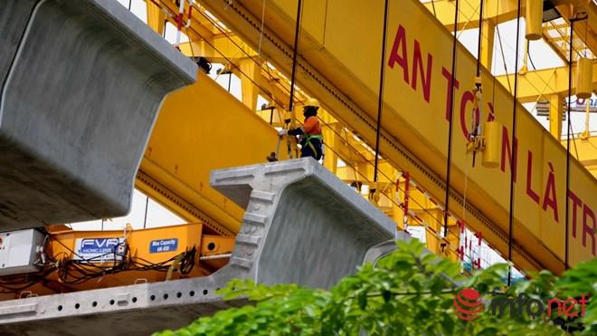 Cận cảnh lắp các đốt dầm 500 tấn cho tuyến metro Bến Thành - Suối Tiên - 7