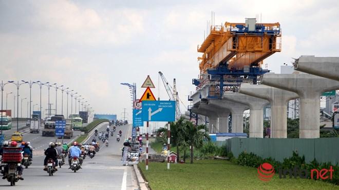 Cận cảnh lắp các đốt dầm 500 tấn cho tuyến metro Bến Thành - Suối Tiên - 21