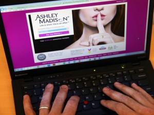 Hơn 37 triệu người lao đao vì bị lộ thông tin trên website ngoại tình