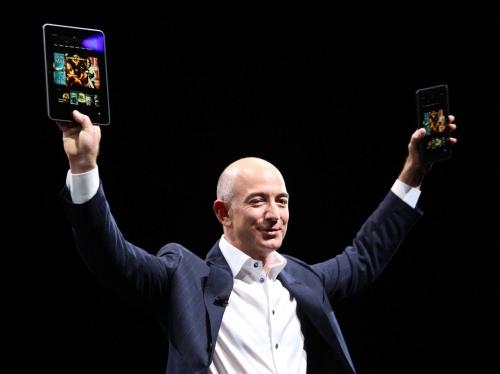 """Ông chủ Amazon """"nhoằng cái kiếm vài tỷ USD"""" - 1"""