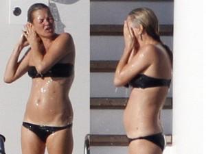 """Siêu mẫu Kate Moss mặc bikini bé xíu, lộ eo """"bánh mì"""""""