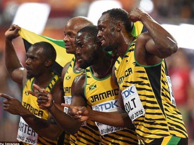 Tin HOT 29/8: Usain Bolt giành HCV thứ 3 giải VĐTG