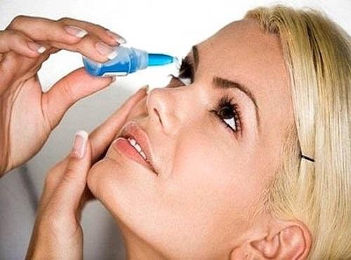 Kết quả hình ảnh cho nhỏ thuốc mắt