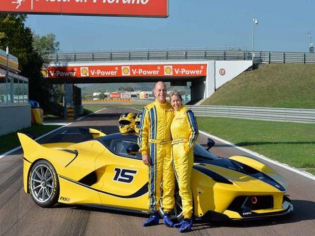"""""""Sếp"""" Google chi gần 3 triệu USD mua Ferrari FXX K tặng vợ"""
