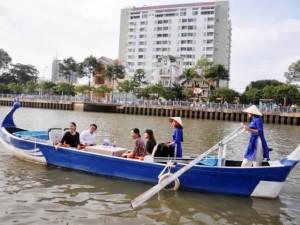 Khai trương tuyến du lịch đường thủy nội đô đầu tiên tại VN