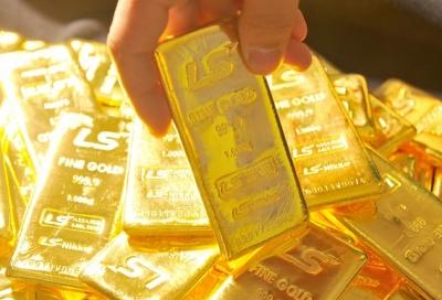 Vàng tuột mốc 34 triệu đồng, dân tăng mua - 1