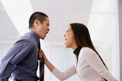"""Sai lầm về tài chính cực """"nguy hiểm"""" của vợ chồng mới cưới - 2"""