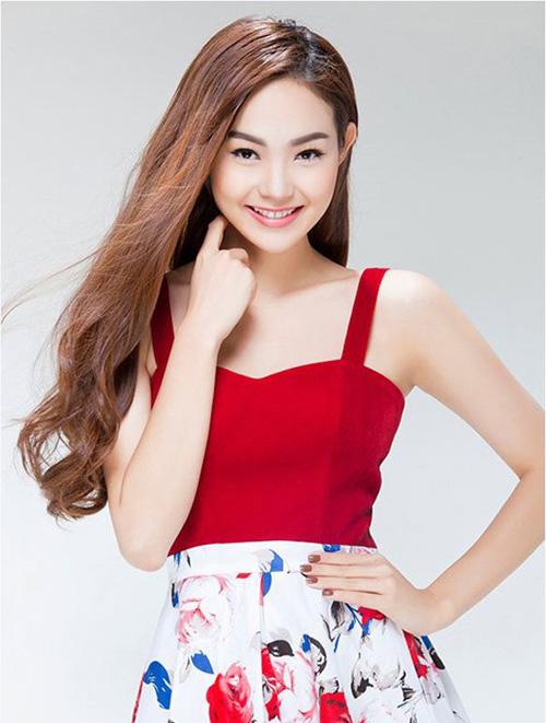 Vẻ đẹp và tài năng của Minh Hằng cũng khiến cộng đồng mạng Thái Lan phát sốt
