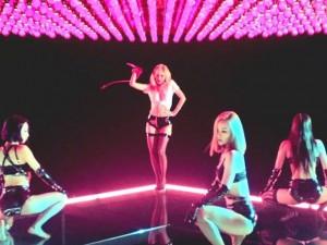 """HyunA bất ngờ công bố MV """"không thể sexy hơn"""""""