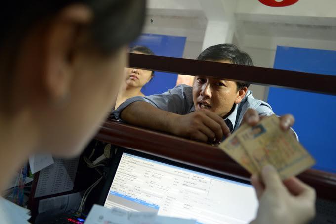 Đà Nẵng cấp đổi giấy phép lái xe chỉ trong 2 giờ - 1